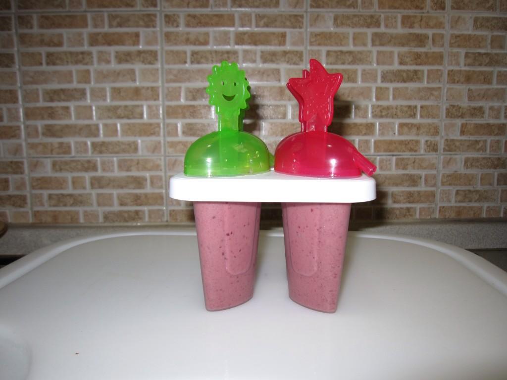 Ghiaccioli fai da te frutta e yogurt