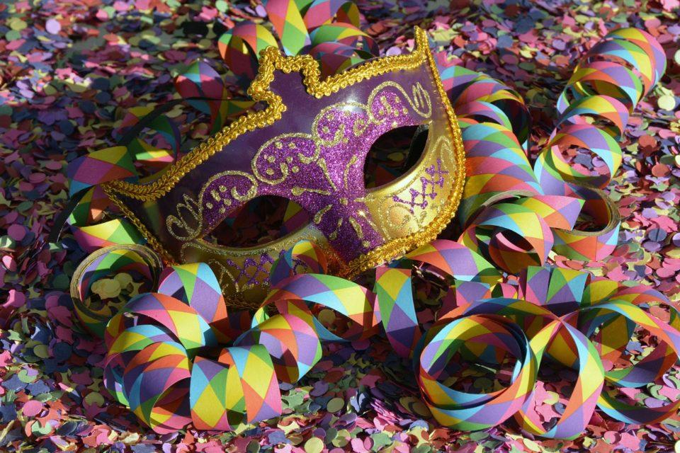 Dove acquistare online costumi di Carnevale